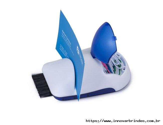 https://www.innovarbrindes.com.br/content/interfaces/cms/userfiles/produtos/10101-azu-porta-cartao-3-em-1-in10101-706.jpg