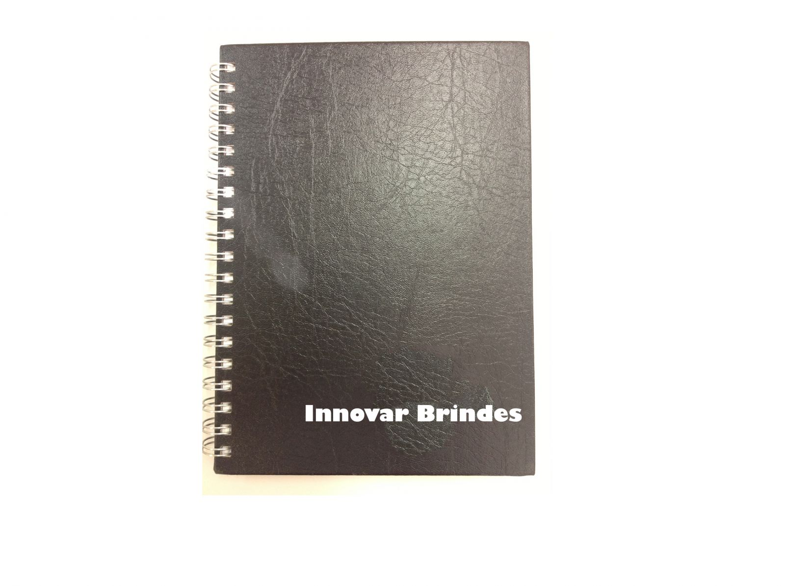 https://www.innovarbrindes.com.br/content/interfaces/cms/userfiles/produtos/caderno-em-couro-in147-625.jpg