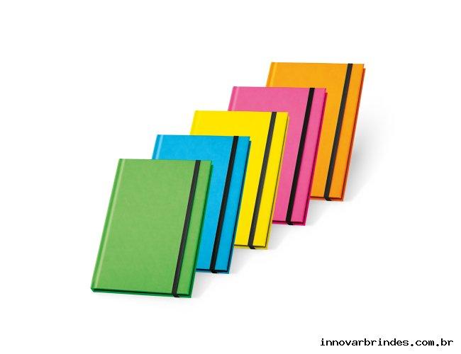 https://www.innovarbrindes.com.br/content/interfaces/cms/userfiles/produtos/caderno-personalizado-inovar-brindes-258.jpg