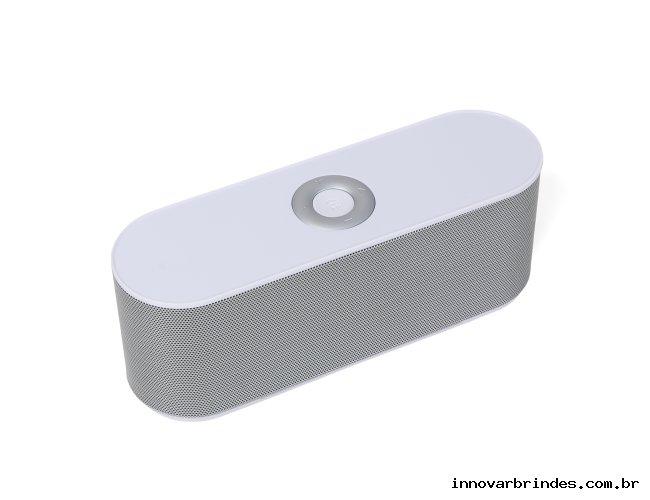 https://www.innovarbrindes.com.br/content/interfaces/cms/userfiles/produtos/caixa-de-som-bluetooth-in02015-613.jpg