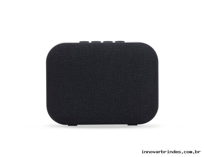 https://www.innovarbrindes.com.br/content/interfaces/cms/userfiles/produtos/caixa-de-som-bluetooth-in02070-800.jpg