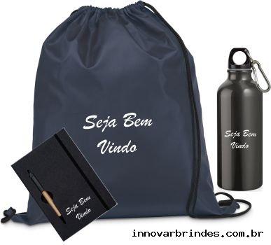 https://www.innovarbrindes.com.br/content/interfaces/cms/userfiles/produtos/kit-boas-vindas-in2047-403.jpg