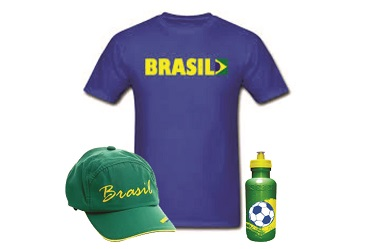 https://www.innovarbrindes.com.br/content/interfaces/cms/userfiles/produtos/kit-camiseta-bone-e-squeeze-in2014-622.jpg