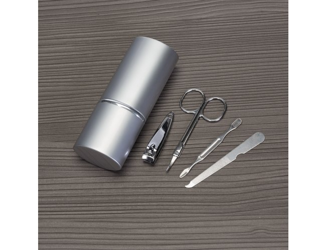 https://www.innovarbrindes.com.br/content/interfaces/cms/userfiles/produtos/kit-manicure-in4657-744.jpg