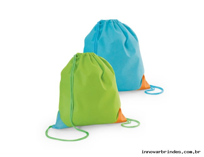 https://www.innovarbrindes.com.br/content/interfaces/cms/userfiles/produtos/mochila-tipo-mochila-in2617-867.jpg